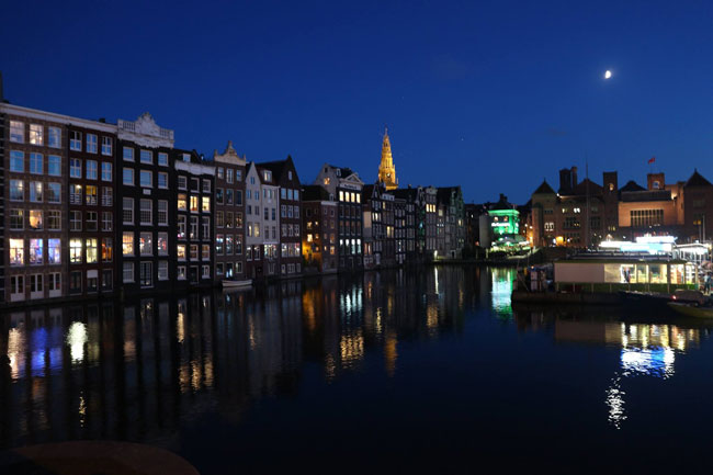 amsterdam-by-night-using-new-canon