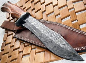 Damascus-steel-knives---hunting-and-collectors-knives-3905